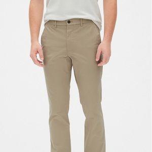 Vintage Khakis in Slim Fit with GapFlex (29x30)